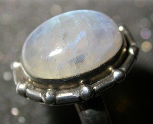 Moonstone_wikimedia crystal
